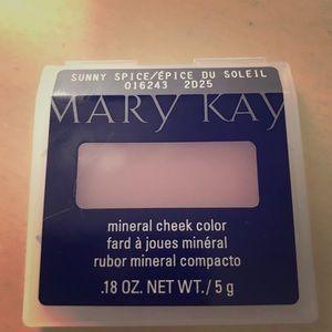 "Mary Kay Mineral Cheek Color ""Sunny Spice"""